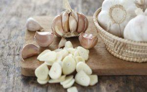 Thực phẩm điều trị viêm lộ tuyến cổ tử cung tại nhà