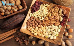 Hạt là nhóm thực phẩm giàu protein và tốt cho việc giảm cân